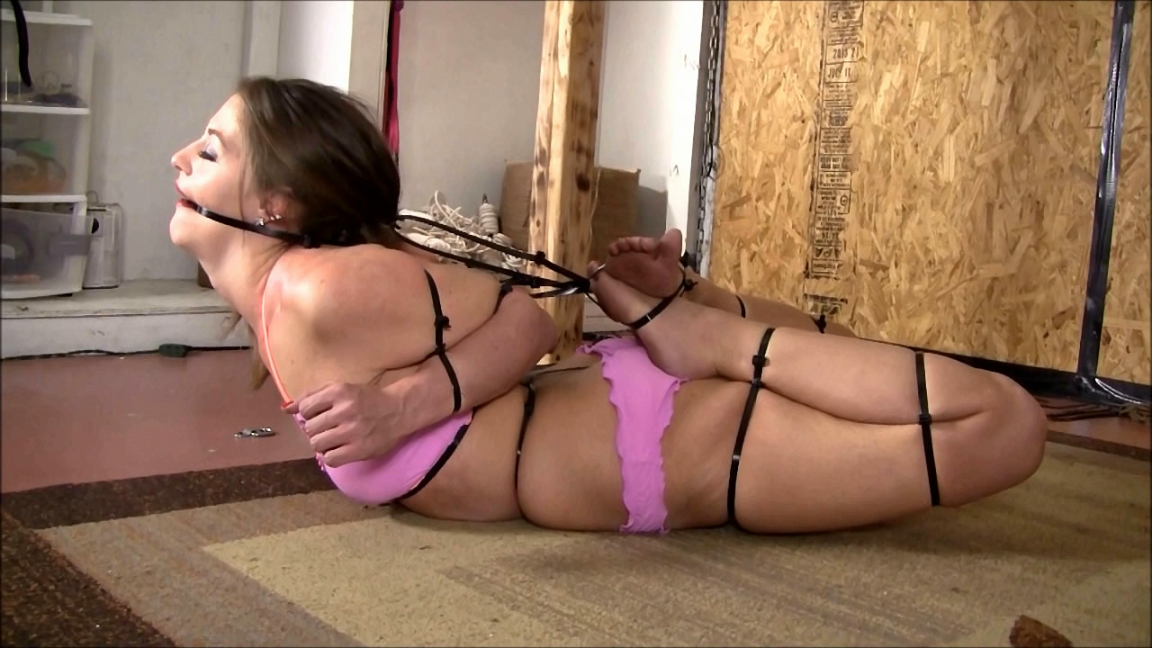 Zip tie bondage raylin ann is a sexy warm 9